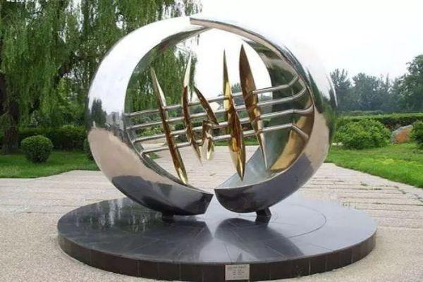 雕塑的艺术特征_雕塑艺术设计_三和雕塑景观艺术有限公司