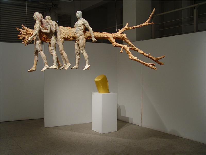 雕塑艺术论文_卡通雕塑 艺术_雕塑的艺术特征