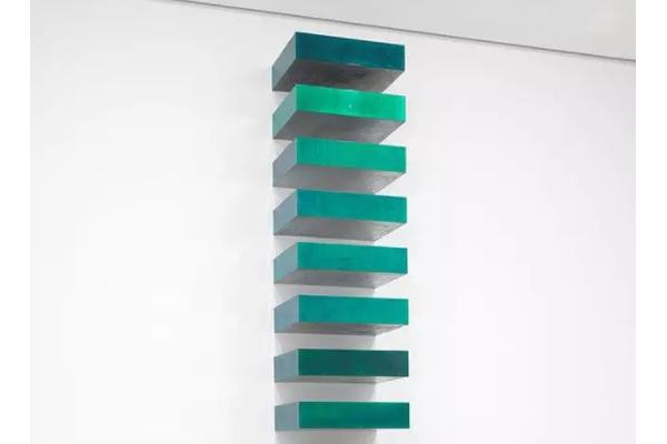 《无题》唐纳德·贾德-纽约现代艺术博物馆(MoMA)