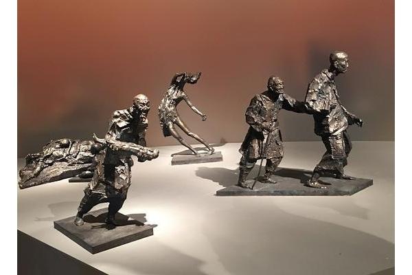 《南京大屠杀系列组雕》吴为山|人物雕塑
