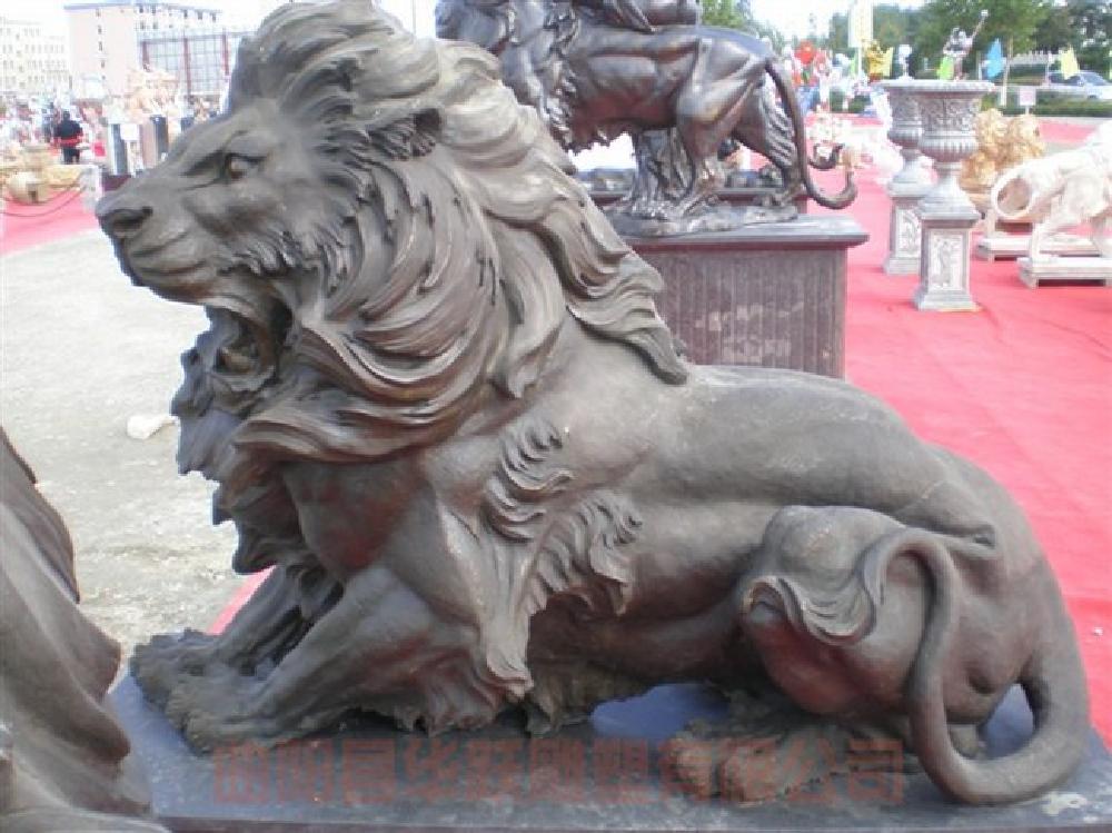 西式铜雕狮子加工,西式铜雕狮子,西式铜雕狮子,铜雕狮子,铜雕动物,铜狮子,雕塑,铜雕,铸铜雕塑,锻铜雕塑,仿铜雕塑