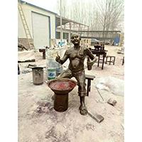 TDRW512-单体人物铜雕站像制作厂家