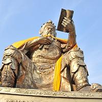 XFGS2459-铜雕关公像_关二爷铜像_武财神铜雕像设计