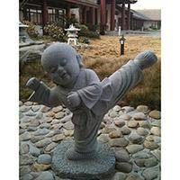 XFGS2657-小和尚石雕塑像_小沙弥石雕像供应