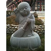 XFGS2658-小和尚石雕塑像_小沙弥石雕像加工
