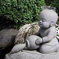 XFGS2694-小和尚石雕塑像_小沙弥石雕像制作