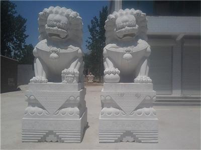 413中式芝麻灰石雕狮子芝麻灰石雕狮