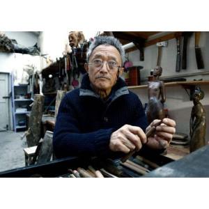 中国著名雕塑家:田世信
