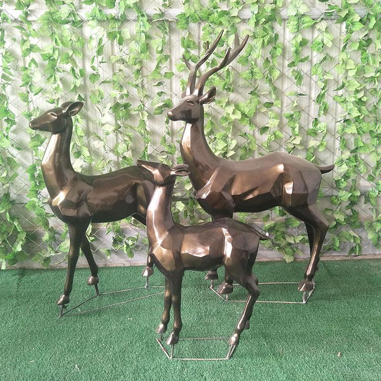 房地产景观动物雕塑 公园绿化几何鹿摆件,鹏钊