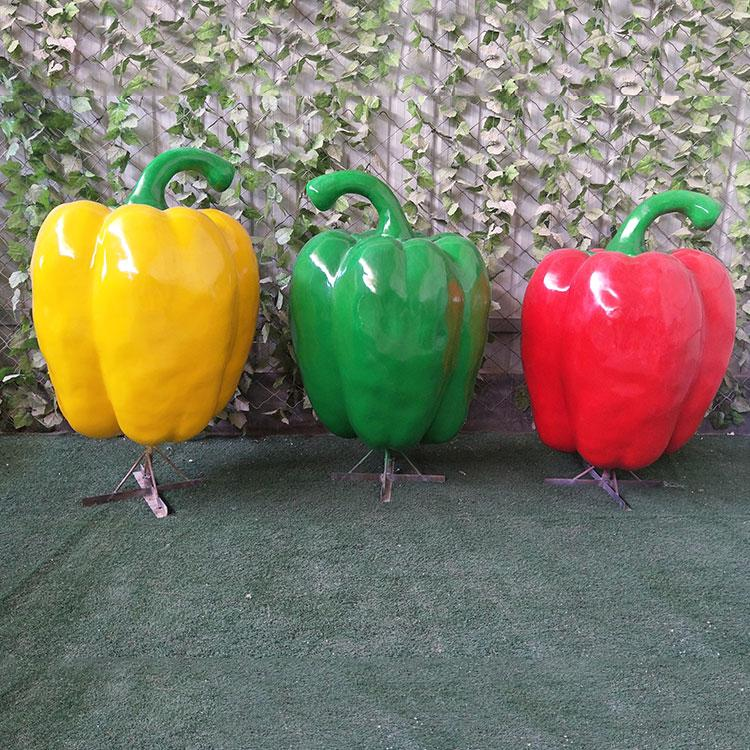 玻璃钢柿子椒雕塑价格 公园小区卡通蔬菜水果雕塑,鹏钊