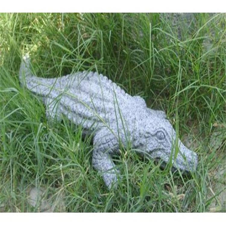 石雕鳄鱼 花岗岩石头鳄鱼 石雕动物鳄鱼 价格