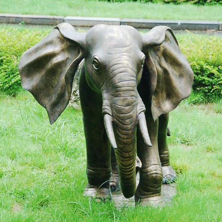 铸铜大象雕塑 门口风水铜大象雕塑厂家 圣喜玛
