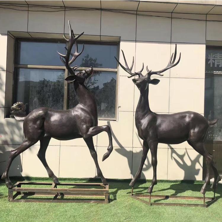 铜雕鹿定制 公园景观铜雕鹿摆件 圣喜玛