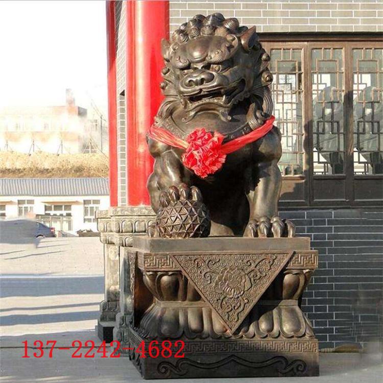 大型铸铜狮子雕塑厂家 小区银行酒店门饰摆件 圣喜玛