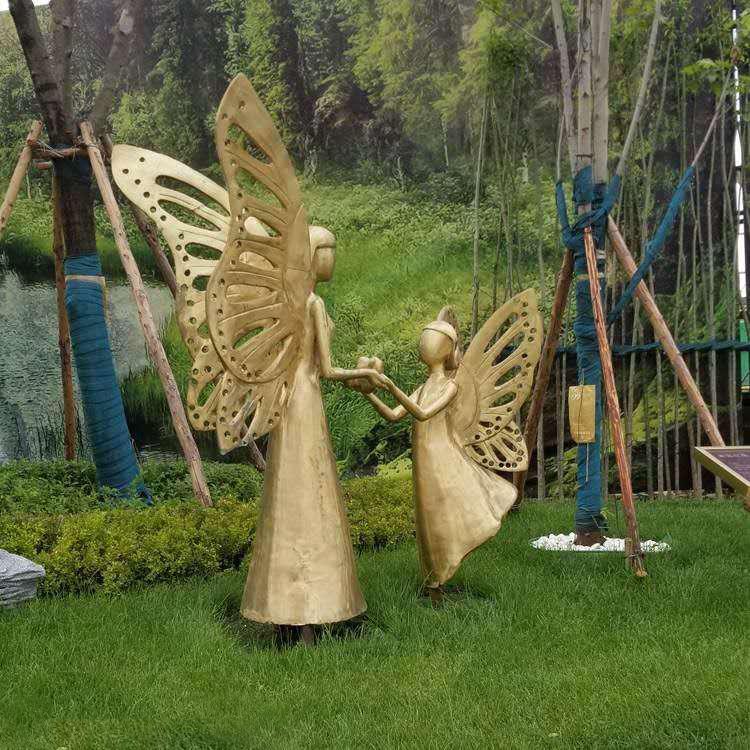 广场铜雕人物 定制抽象人物 广场景观雕塑摆件 圣喜玛